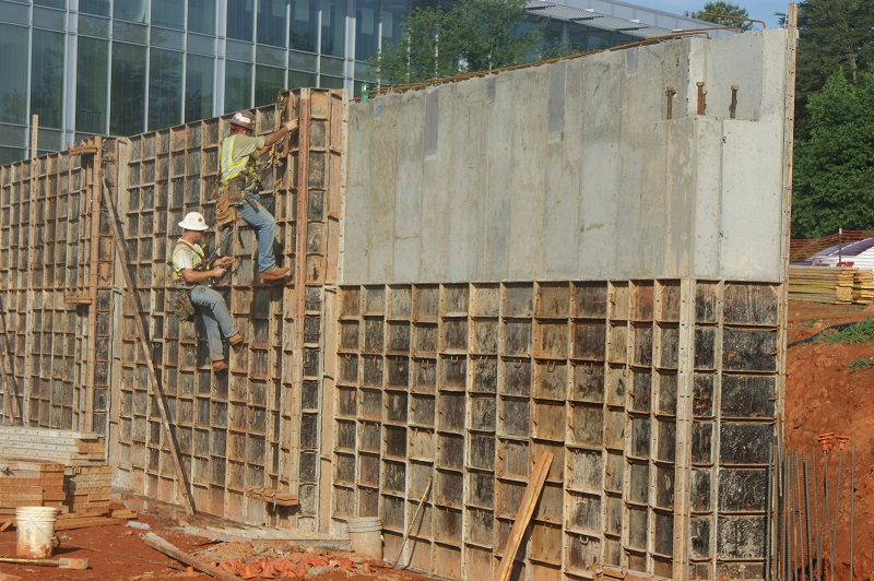 wall form removal - website.jpg
